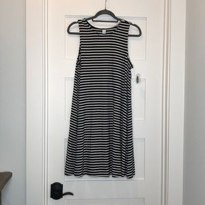Old Navy swing dress size large NWT